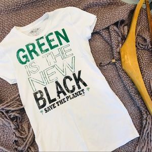 NEW Green is the New Black Lucky 7 T-Shirt